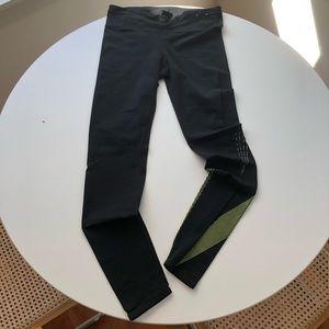 GapFit Full Length Leggings in Sculpt Compression